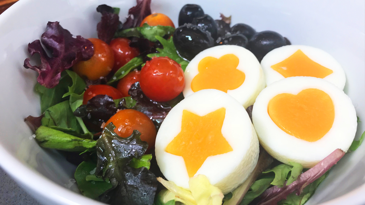 Ensalada de huevos kawaii