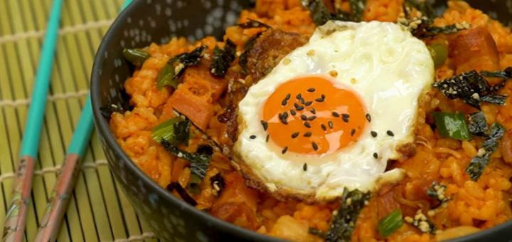 Arroz con kimchi