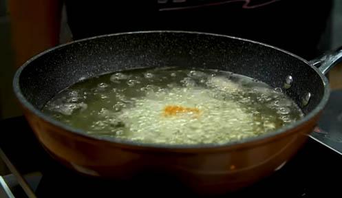 Freír la pasta