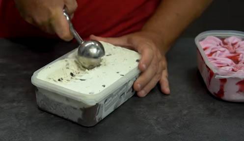 hacer bolas de helado