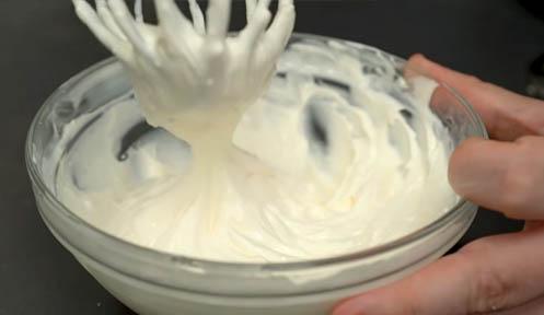 crema de queso para pan de ajo