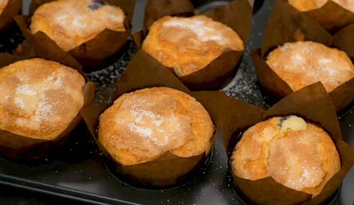 Muffins de arándanos horneados